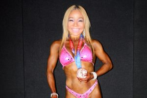 Gloria Kaneko - Arnolds 2016